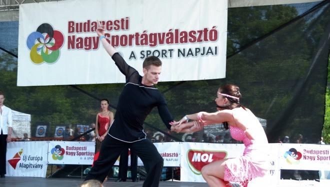 Versenytánc és akrobatikus rock'n'roll a Budapesti Nagy Sportágválasztón