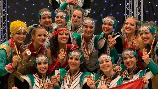 Világkupa győztes a The Szupergirls